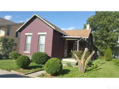 Dayton Single Family Home For Sale: 126 Shannon Street