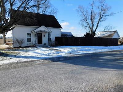 Fayette County Single Family Home For Sale: 4893 Burnett Perrill Road