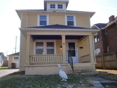 Dayton Single Family Home For Sale: 22 Melford Avenue