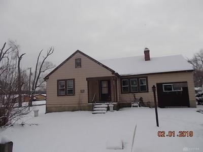 Dayton Single Family Home For Sale: 6602 Wolf Creek Pike