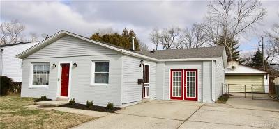 Kettering Single Family Home For Sale: 3400 Hackney Drive