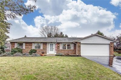 Dayton Single Family Home For Sale: 9914 Shawnee Trail