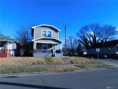 Dayton Single Family Home For Sale: 700 Brooklyn Avenue