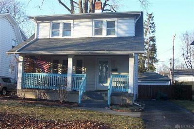 Dayton Single Family Home For Sale: 713 Sunnyview Avenue