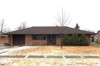 Kettering Single Family Home Pending/Show for Backup: 3617 Waterbury Drive