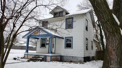 Dayton Single Family Home For Sale: 205 Fernwood Avenue