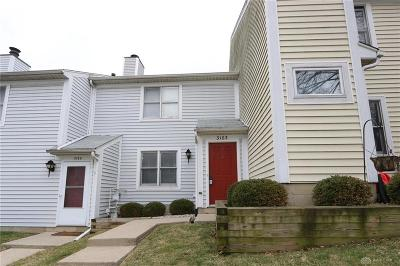 Kettering Condo/Townhouse For Sale: 3163 Gracemore Avenue