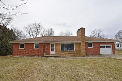 Beavercreek OH Single Family Home For Sale: $177,000