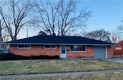 Dayton Single Family Home For Sale: 4549 Korner Drive
