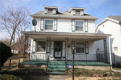 Dayton Single Family Home For Sale: 1131 Highland Avenue