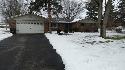 Tipp City Single Family Home For Sale: 5920 Sterling Court