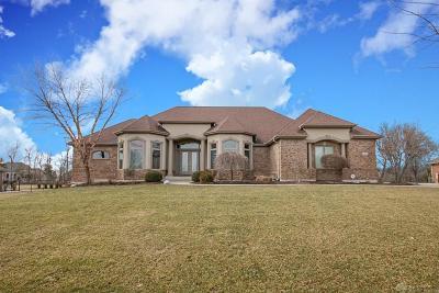 Springboro Single Family Home For Sale: 8535 Sycamore Trails Drive