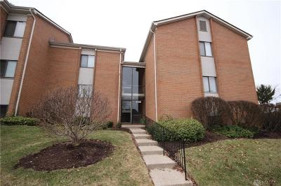 Montgomery County Condo/Townhouse For Sale: 1100 Arrowhead Crossing #B