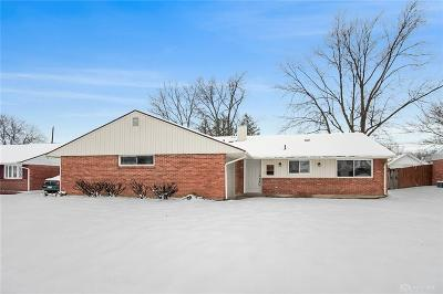Dayton Single Family Home For Sale: 5843 Beth Road