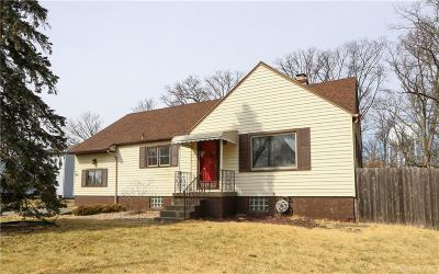 Beavercreek Single Family Home For Sale: 3482 Kemp Road
