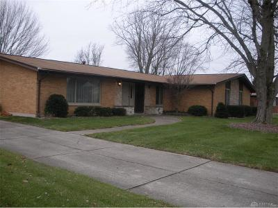 Fairborn Single Family Home For Sale: 1426 Mill Race Drive