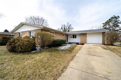 Fairborn Single Family Home For Sale: 1427 Glendale Drive
