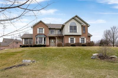 Dayton Single Family Home For Sale: 7401 Country Brook Court