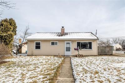 Fairborn Single Family Home Pending/Show for Backup: 9 Dexter Place