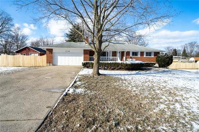 Fairborn Single Family Home Pending/Show for Backup: 3136 Wolfe Drive