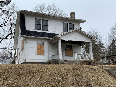 Dayton Single Family Home For Sale: 205 Lorenz Avenue