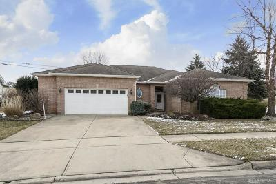 Fairborn Single Family Home For Sale: 1676 Yellow Rose Court