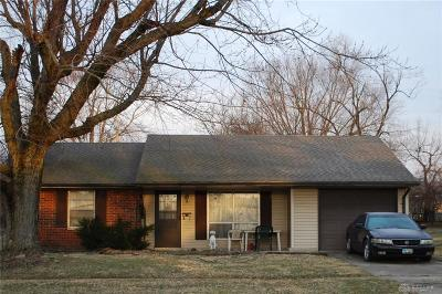 Xenia Single Family Home For Sale: 2068 Bellbrook Avenue