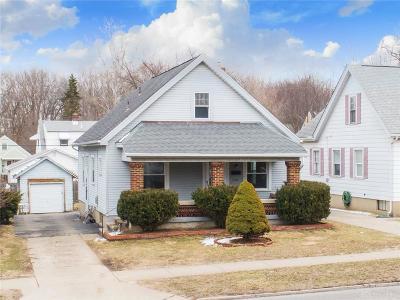 Dayton Single Family Home For Sale: 716 Wilmington Avenue