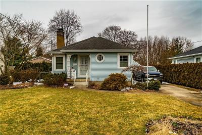 Springfield Single Family Home Pending/Show for Backup: 421 Lawnview Avenue