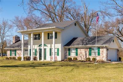 Tipp City Single Family Home For Sale: 6900 Curtwood Drive