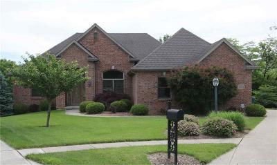 Beavercreek OH Single Family Home For Sale: $450,000
