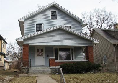 Dayton Single Family Home For Sale: 1228 Vernon Drive