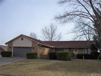 Vandalia Single Family Home For Sale: 426 Bent Twig Drive