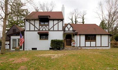 Dayton Single Family Home For Sale: 4000 Brookdale Drive