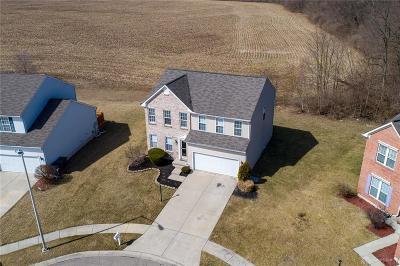 Dayton Single Family Home Pending/Show for Backup: 5475 Fairford Court