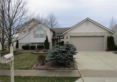 Fairborn Single Family Home For Sale: 2339 Watchtower Lane