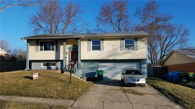 Fairborn Single Family Home For Sale: 357 Chatham Drive