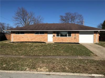 Dayton Single Family Home For Sale: 2053 Norway Drive