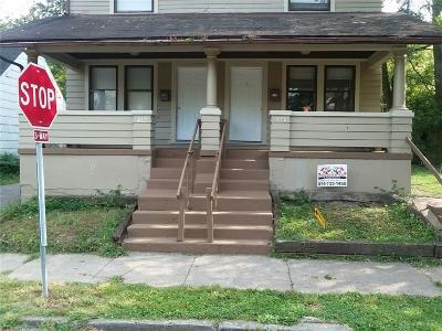 Dayton Multi Family Home For Sale: 412 5 Oaks Avenue