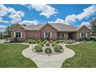 Dayton Single Family Home For Sale: 2278 Crestridge Drive
