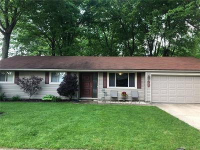 Tipp City Single Family Home For Sale: 701 Bellaire Drive
