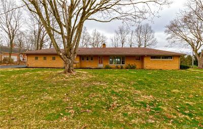 Xenia Single Family Home For Sale: 333 Helen Avenue