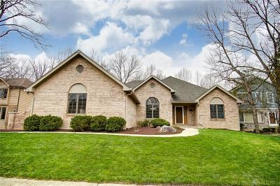 Springboro Single Family Home For Sale: 8611 Ridge Creek Court
