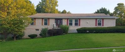 Vandalia Single Family Home For Sale: 62 Crest Hill Avenue