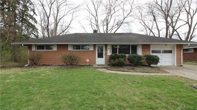 Huber Heights Single Family Home For Sale: 4488 Longfellow Avenue