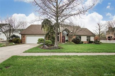 Springboro Single Family Home For Sale: 8780 Ridgewood Place