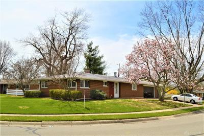 Fairborn Single Family Home Pending/Show for Backup: 1315 Mapleridge Drive