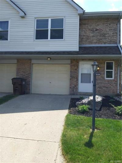 Beavercreek Condo/Townhouse Pending/Show for Backup: 3861 Chalet Circle #17-96