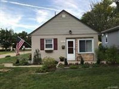 Kettering Single Family Home Pending/Show for Backup: 1752 Windemere Drive