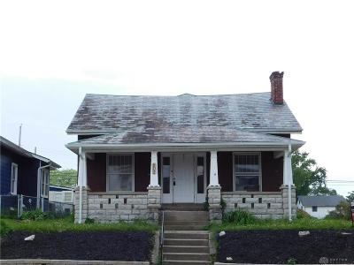 Miamisburg Single Family Home For Sale: 802 Pearl Street